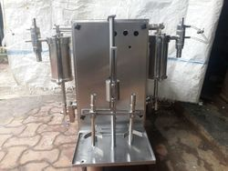 SS Liquid Filling Machine