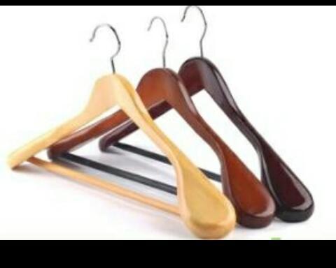 wooden coat hangers basic