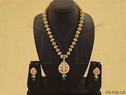 Beaded Paan Single Thewa Jewellery