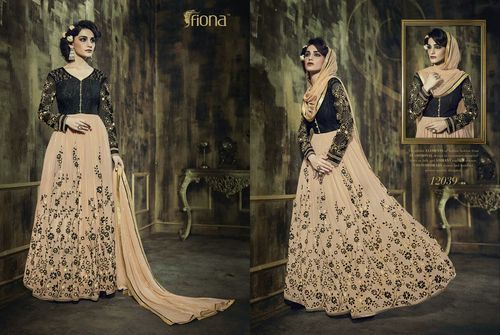 833a310a05 Georgette Party Wear Suit of Fiona Brand, जॉर्जेट के ...