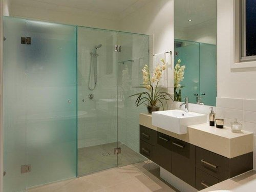 Bathroom Glass Partition - View Specifications & Details of