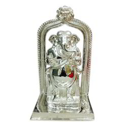 Silver Standing Ganesh Idol, Packaging Type: Box, For Gift