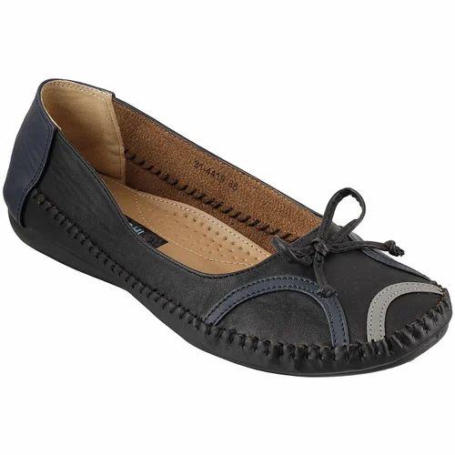 2050c779e5c Mochi The Shoe Shoppe - Retailer of Men Footwear   Ladies Footwear ...