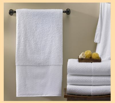 Beau Hanging Bath Towel