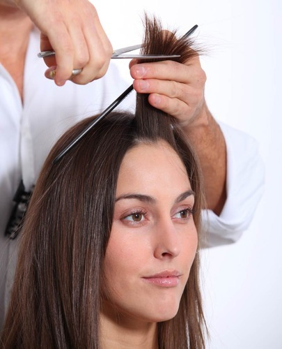 Hair Cutting In Coimbatore Peelamedu By The Glamour Beauty Parlour