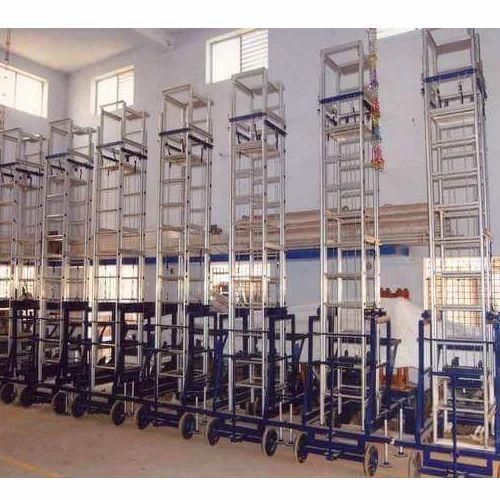 Manufacturer of Scaffolding & Tiltable Mobile Tower extension Ladder