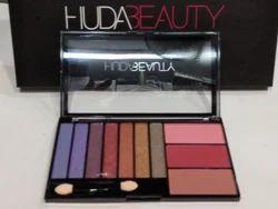 Huda Beauty Eyes Blushes Pallete