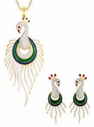 Diamond pendant set joyalukkas india pvt ltd retailer in diamond pendant set mozeypictures Images
