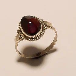 925 Sterling Silver Garnet Ring 1.87