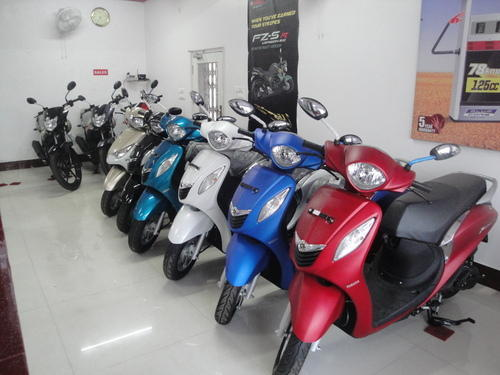 Yamaha two wheeler 39 s and yamaha 2 wheeler spare parts for Yamaha four wheeler dealers