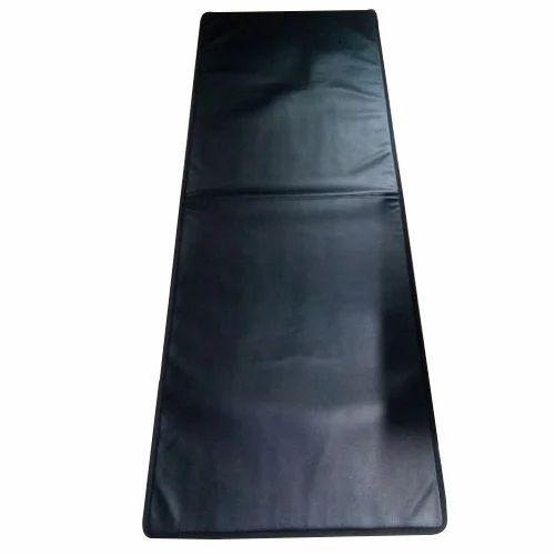 Foldable Black & Brown Leatherite Yoga Mat, Mat Size: 72 X