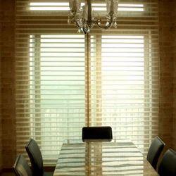 Horizontal Triple Shade Window Blind