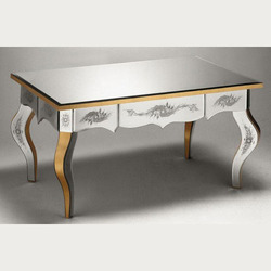 Venetian Design Center Table Dimension 24 X 18 X 36 Inch Rs 18000