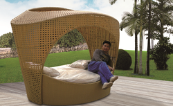 Comfy Style Wicker Day Bed