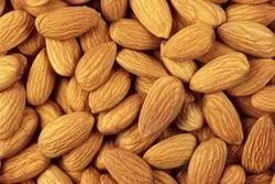 Almonds, Packing Size: 1 Kg