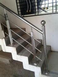 3 Feet Hight Silver SS Railings, For Home, 1.5