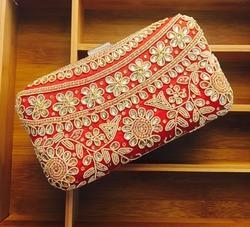 Kundan Gotta Patti Box Clutch