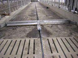 Cow Dung Floor Scraper Jamin Se Gobar Uthane Ki Kudali