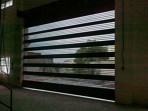 Single Phase Full Height Proportion Rolling Shutters