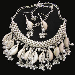 Tribal Cowrie Bead Shell Necklace With Earrings