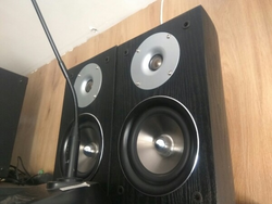 Hanging Speakers