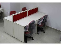 4 Seat Modular Workstation