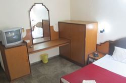 Fully Furnished Rooms