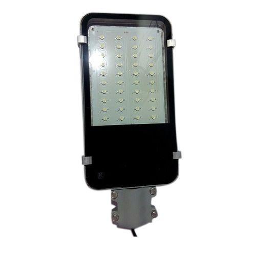 Street Light Watts: Pure White 40 Watt LED Street Light, 90 To 300, Rs 790