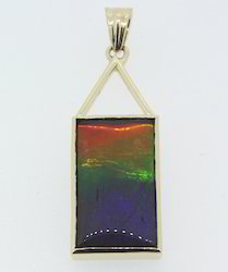 Ammolite Yellow Gold Pendant