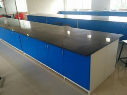 Kruger Wood College Laboratory Furniture, For Industrial