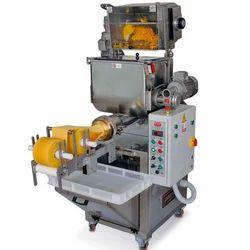 Pasta Extruder Machine