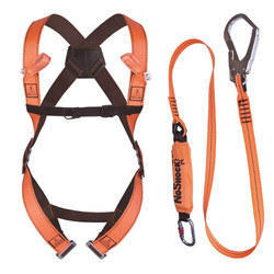 Retractable Safety Harness, Packaging Type: Bag