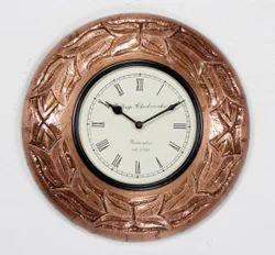 Isha Art Metal Fitted Wall Clocks, Size: 12x12 Inches