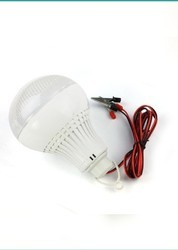7 Watt Cool Daylight Round DC LED Bulb, Base Type: B22