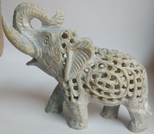 Natural grey Marble stone Elephant Statue, Size/Dimension: 3 inches