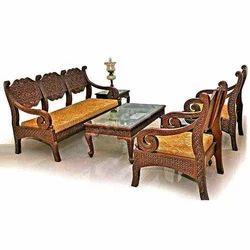 Wooden Sofa Set In Gorakhpur वुडन सोफा सेट गोरखपुर