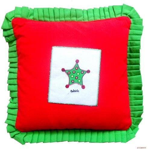 Frill Attached Cushion