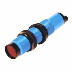 M18 2 Wire AC Diffuse Sensor