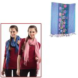 Girls Woolen Stoles