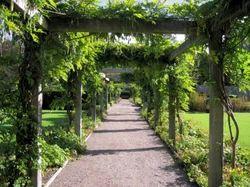 Garden Pergola Service