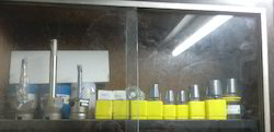 Indian Er Collets, For Vmc Machine, Plastic Box