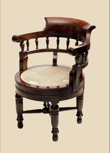 Antique Wooden Chairs >> Antique Revolving Chair