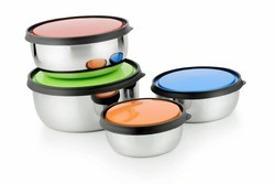 Casa & Cocina Steel bowl , Colorful Stainless Steel Containers with Plastic Lids, Size(cm): 14/16/18 cm