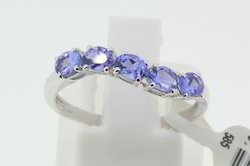 18K Tanzanite Stone White Gold Ring
