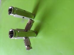 2 Way Slip Lock Misting Connector