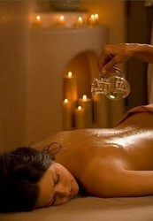 Oil Massage Services For Women