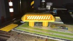 聚碳酸黄色双柄塑料道路螺柱