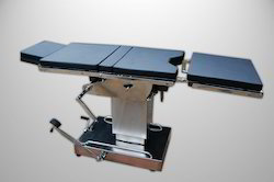 Operating Table Deluxe Model