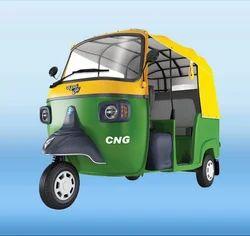 CNG Green Piaggio Passenger 3 Wheeler