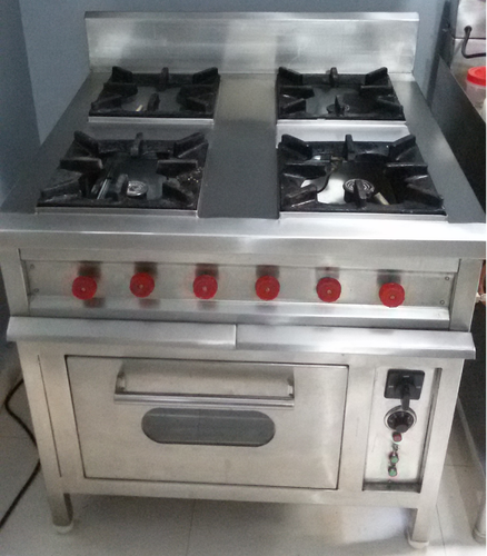 Cooking Equipment 4 Gas Burner With Oven Continental